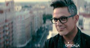 Canción del anuncio de Opticalia con Alejandro Sanz
